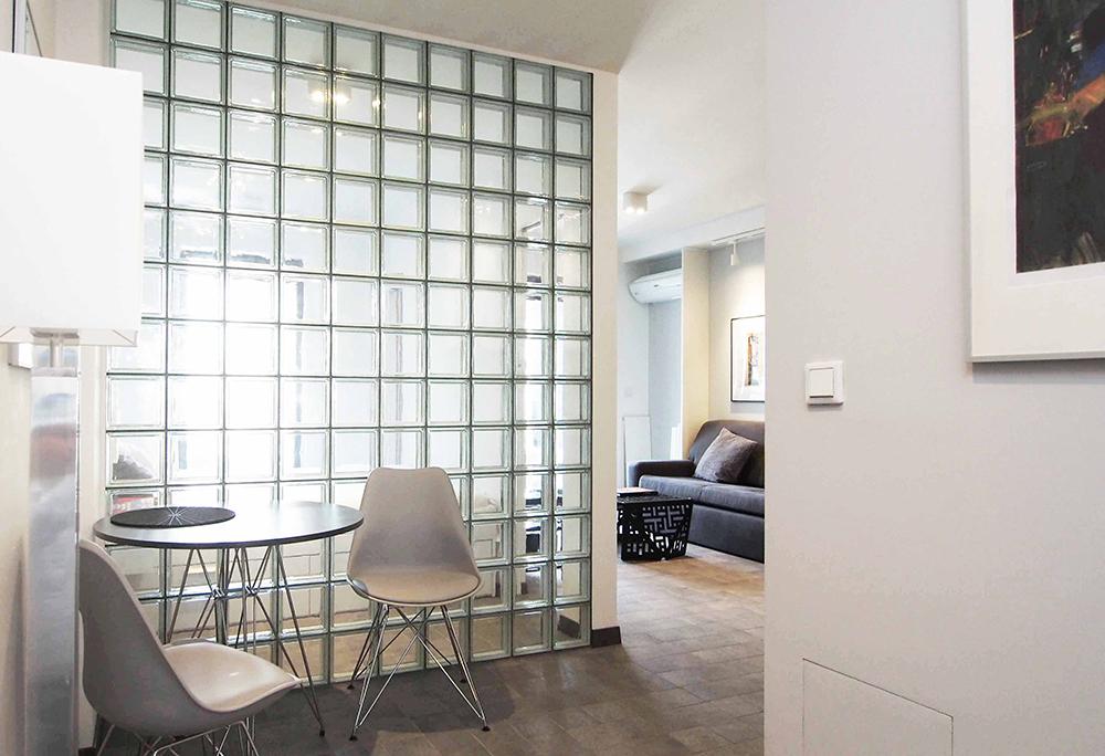 Mieszkanie z luksferami